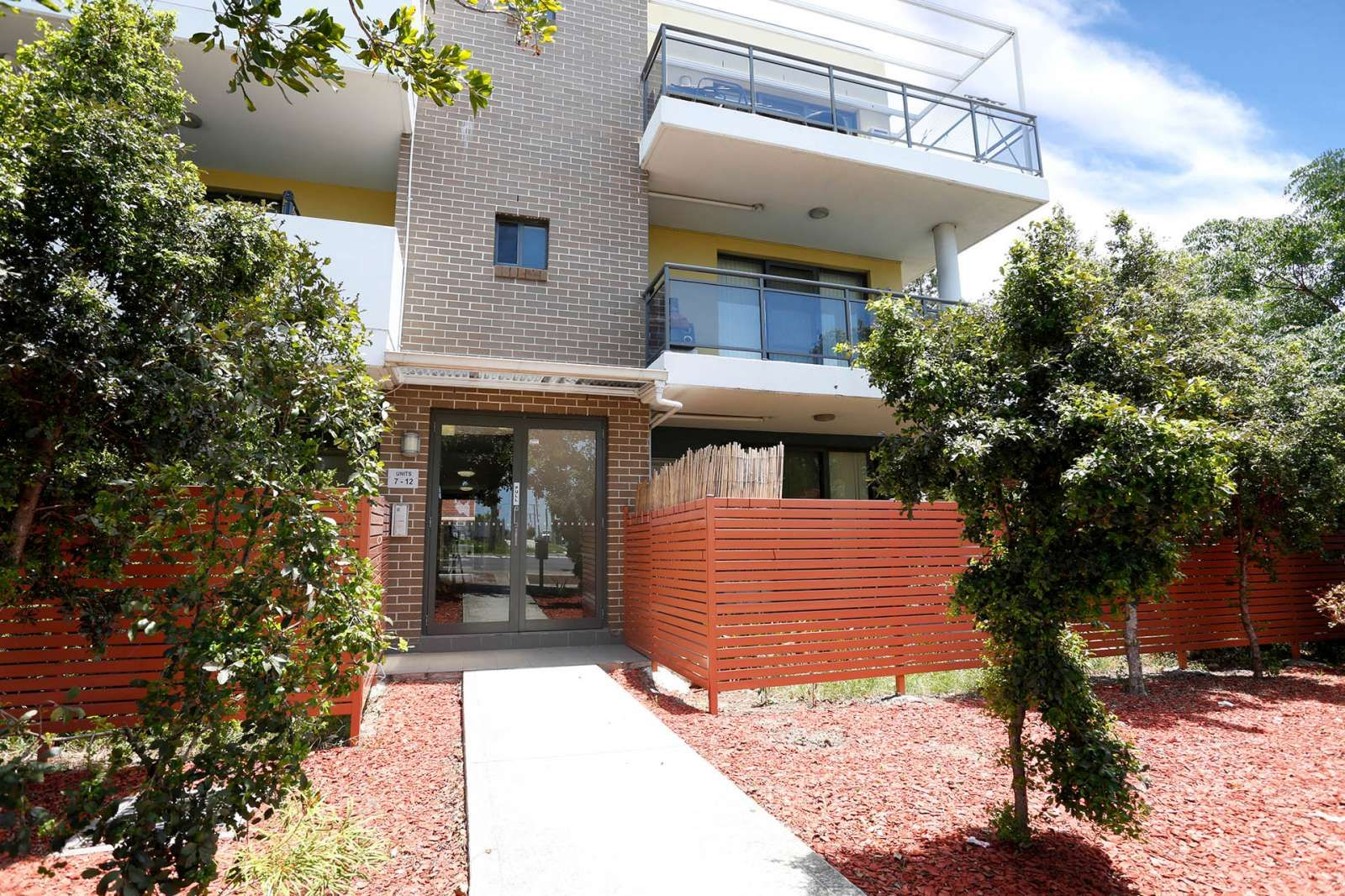 8/328 Woodville Road, Guildford NSW 2161, Image 1