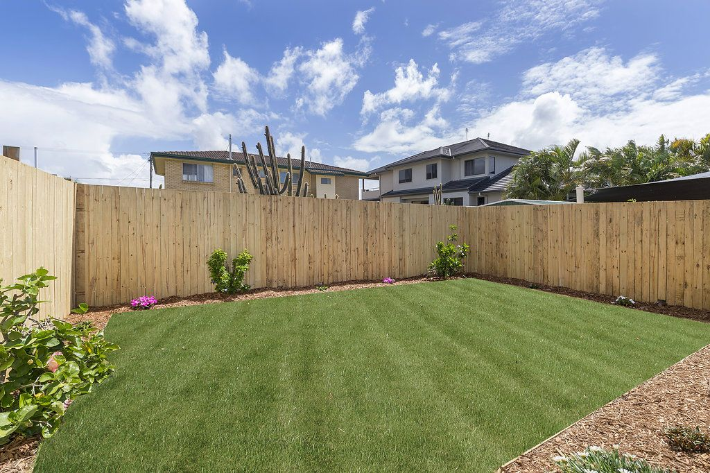1/11 Muscovey Avenue, Paradise Point QLD 4216, Image 2