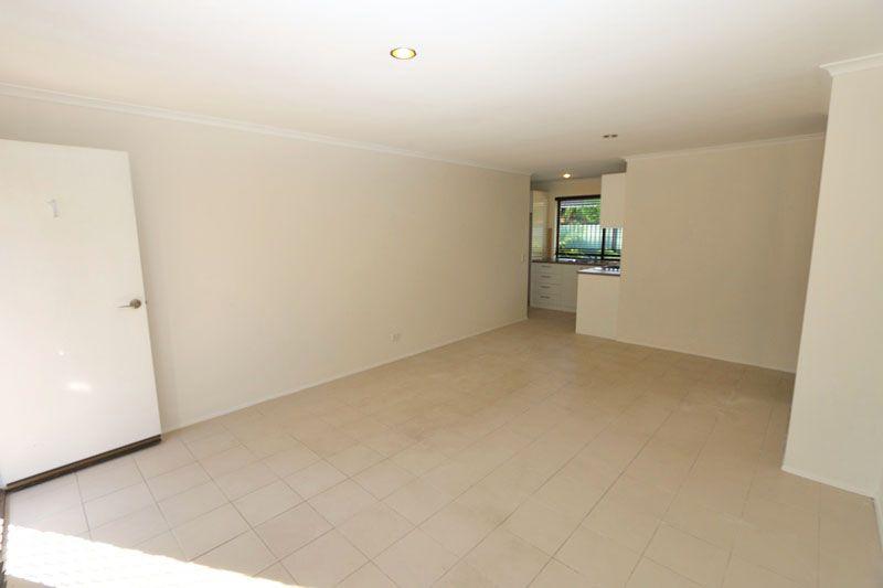 1/208 Olsen Avenue, Arundel QLD 4214, Image 1