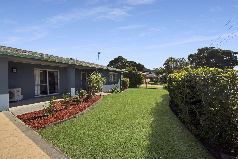 17 Bernborough Avenue, Ooralea QLD 4740, Image 0