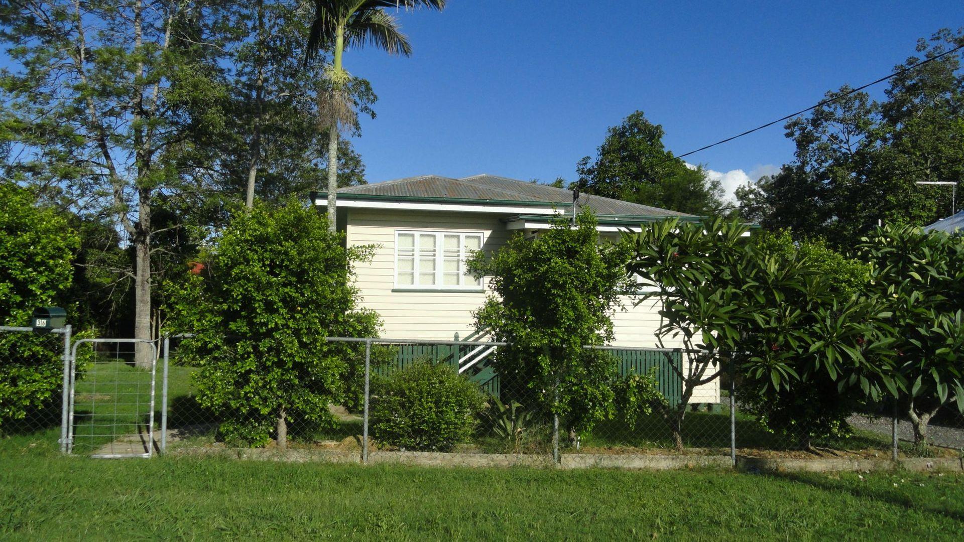 36 THOMPSON Street, Silkstone QLD 4304, Image 2