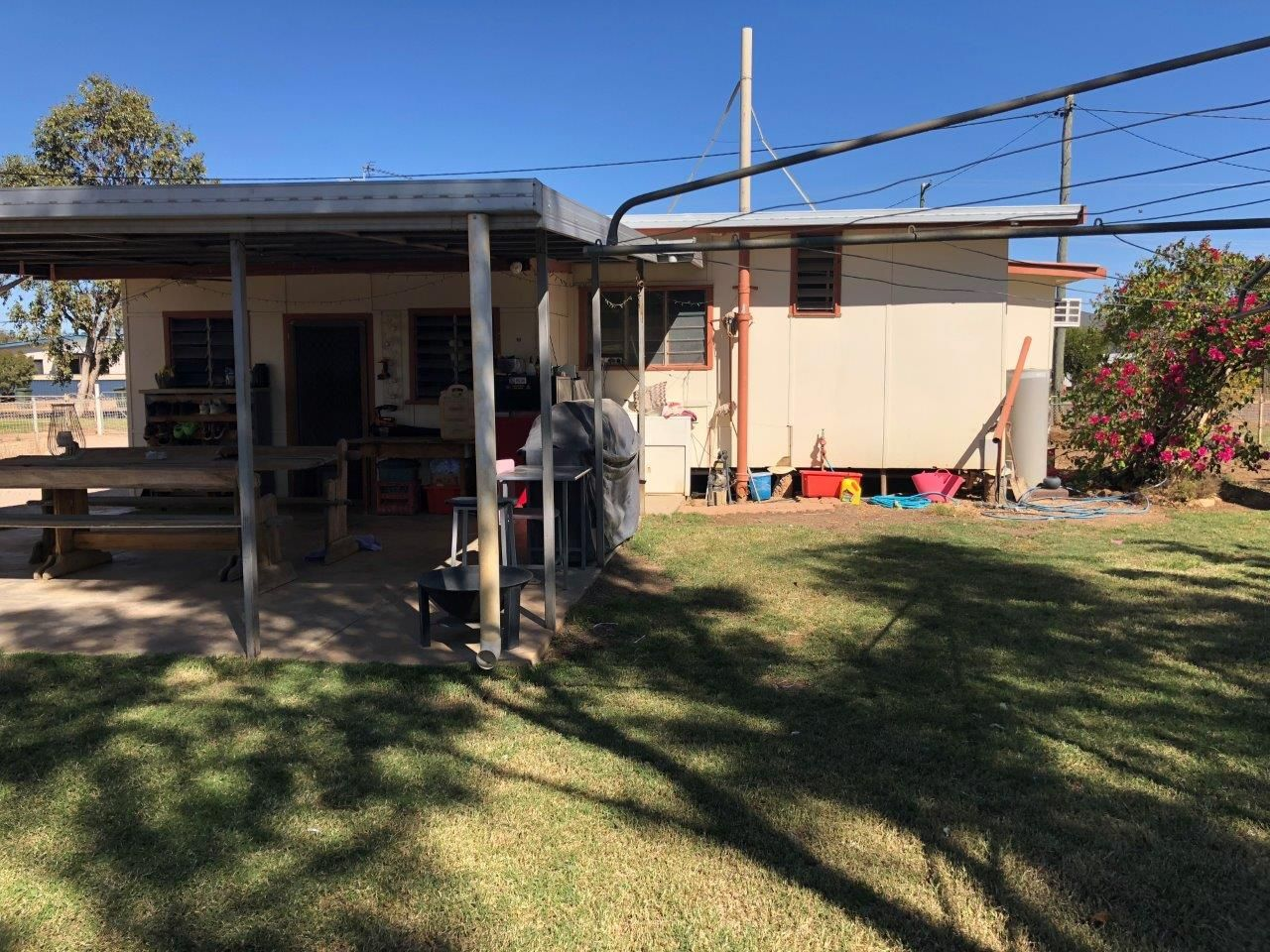 27 Chirnside Street, Winton QLD 4735, Image 1