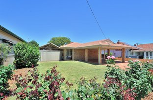 Picture of 19 Holmesdale Road, Woodbridge WA 6056