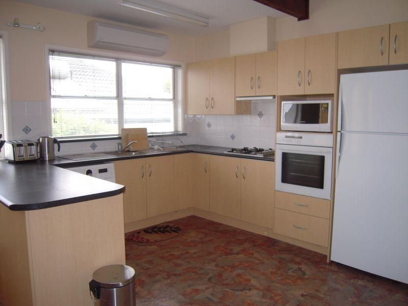 Room 1/1 Andrew Avenue, Keiraville NSW 2500, Image 1