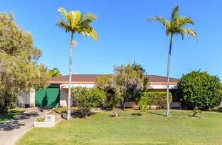 Picture of 39 Booth Avenue, Tannum Sands QLD 4680