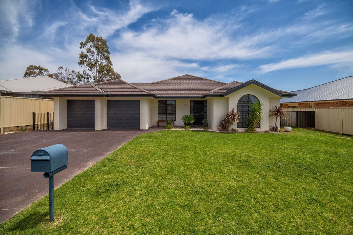 16 Maher Place, Mudgee NSW 2850