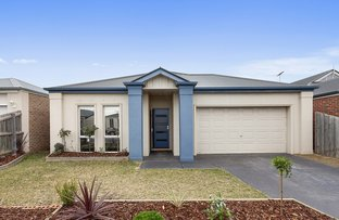 Picture of 7 Kerford Crescent, Point Cook VIC 3030