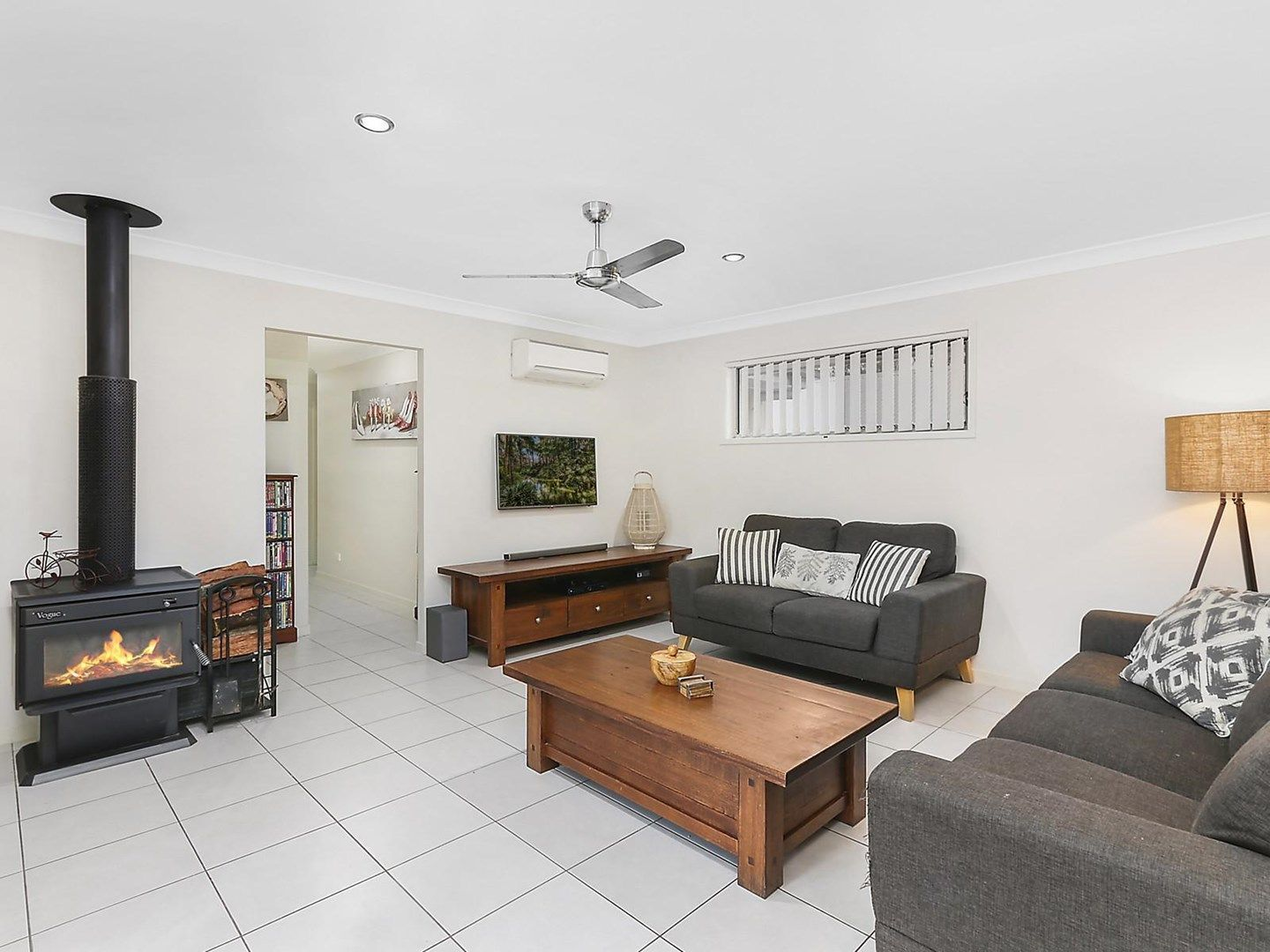 69 Francisca Drive, Augustine Heights QLD 4300, Image 1