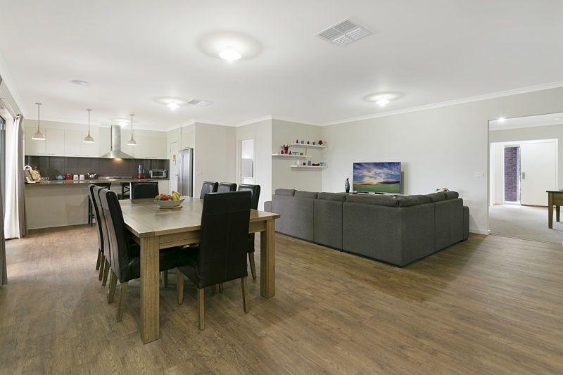 5 Cumberland Terrace, Strathfieldsaye VIC 3551, Image 2