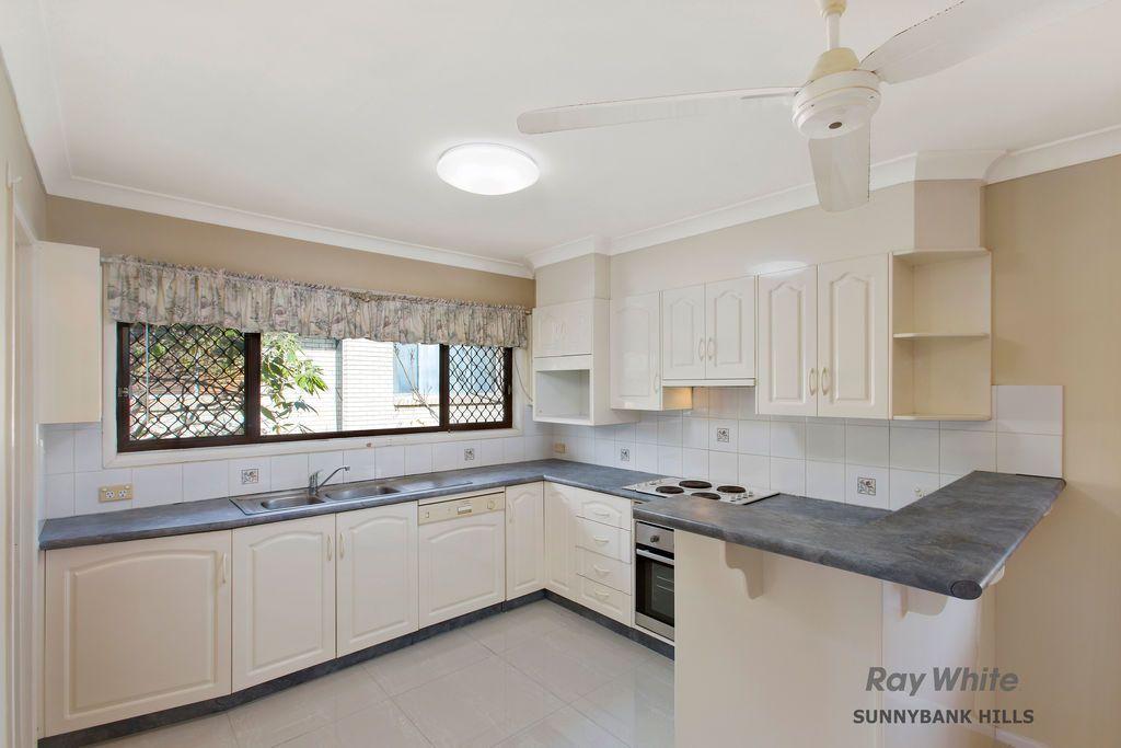 4 Avocado St, MacGregor QLD 4109, Image 1