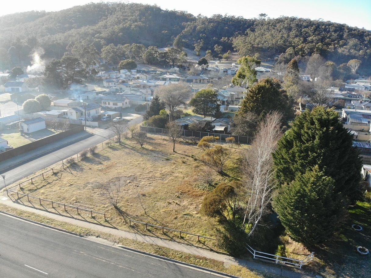 162 Foxlow St, Captains Flat NSW 2623, Image 2