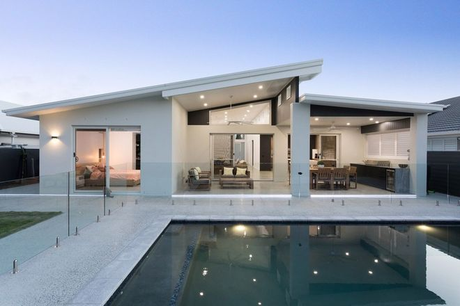 Picture of 49 The Peninsula, HELENSVALE QLD 4212