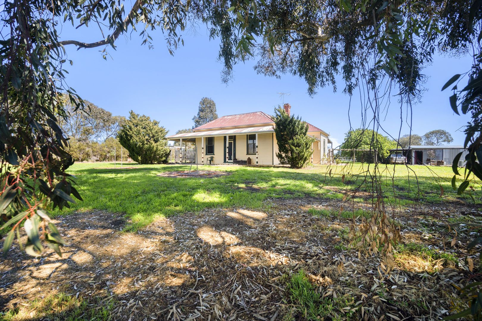 30 Blackmores Road, Clunes VIC 3370, Image 2