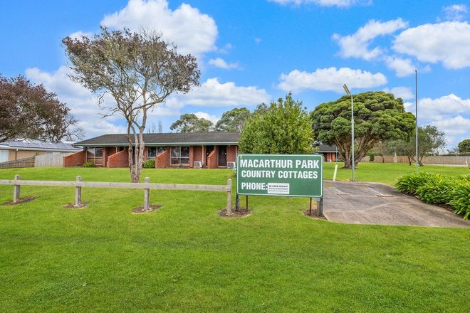 Picture of 5 Russell Street, MACARTHUR VIC 3286