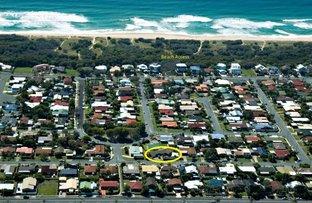 Picture of 17 Mulgani Street, Warana QLD 4575