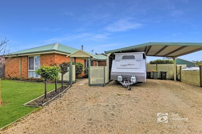 Picture of 7 Landfall Avenue, NEWLANDS ARM VIC 3875