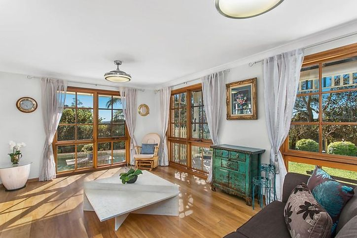 16 Burrawang Place, ALFORDS POINT NSW 2234, Image 1