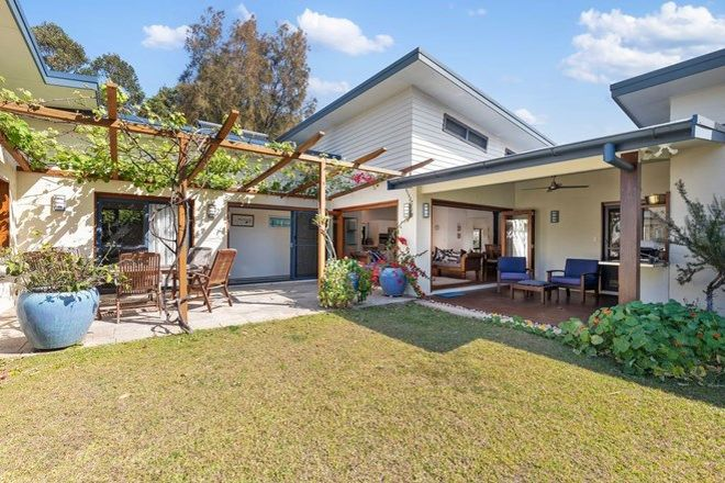 Picture of 23 Island Road, SAPPHIRE BEACH NSW 2450