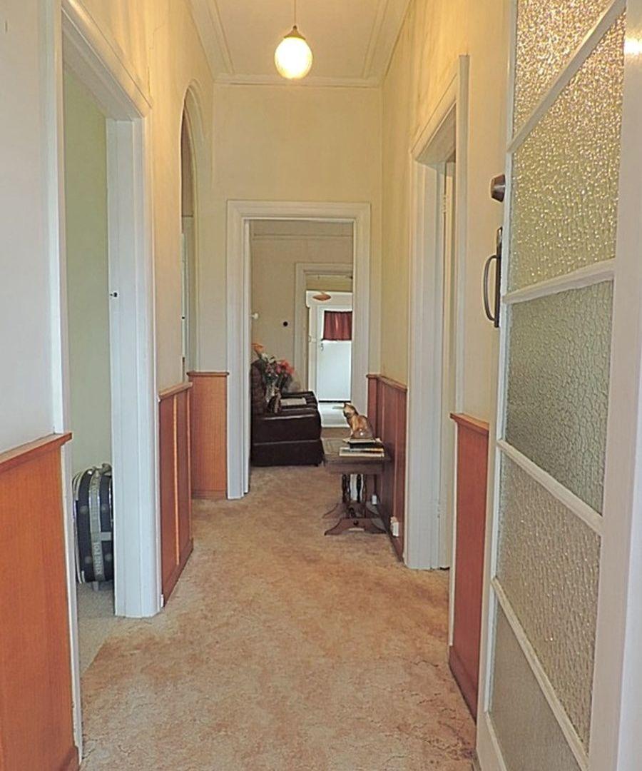28 Sloane Street, Goulburn NSW 2580, Image 2