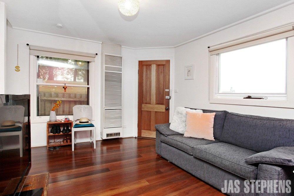 2A Austin Street, Seddon VIC 3011, Image 2