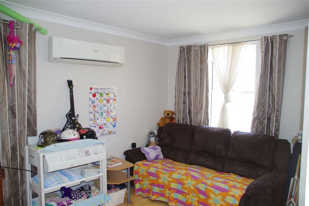 52 Cowper Street, Wee Waa NSW 2388, Image 2