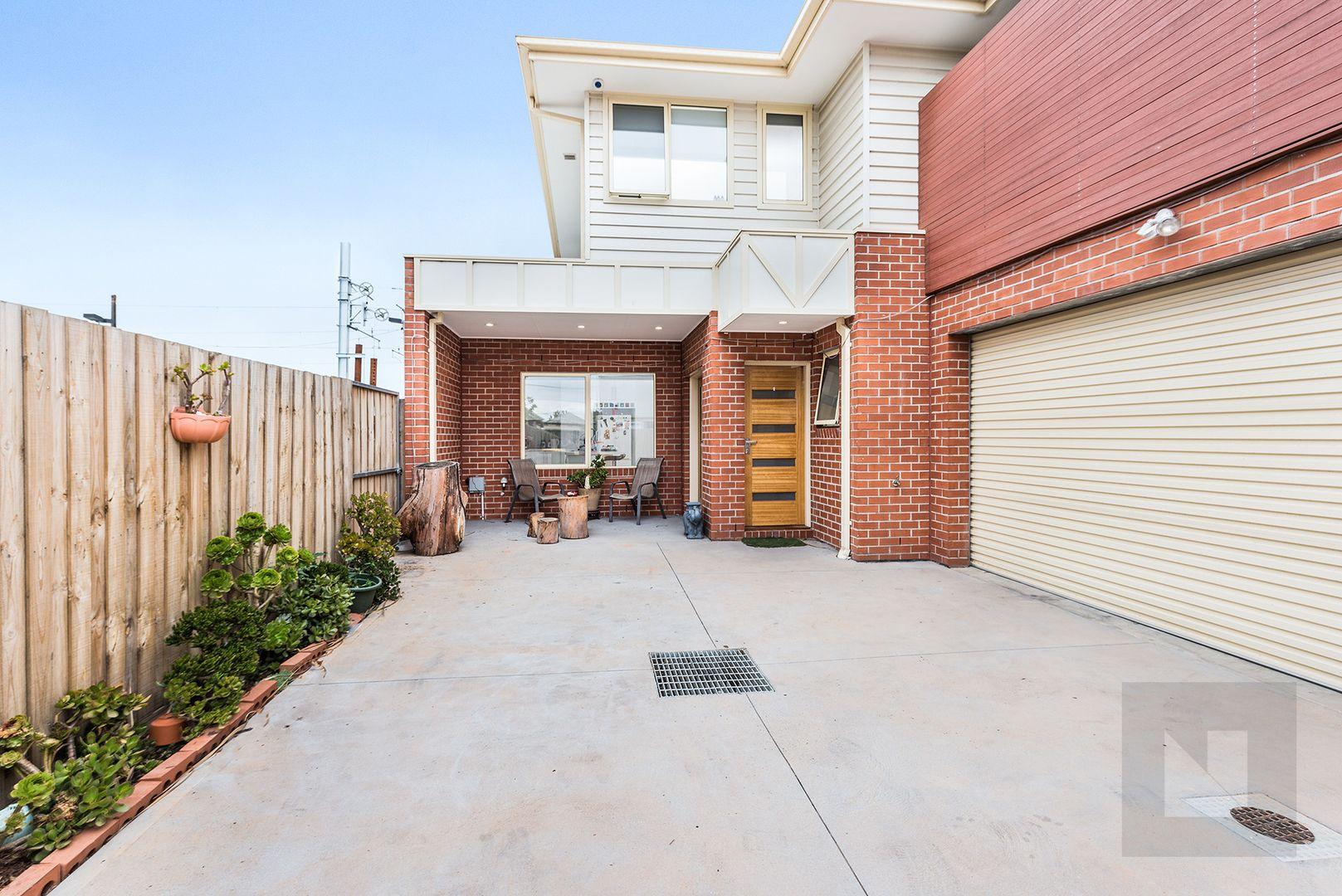 2/19 Errol Street, Footscray VIC 3011, Image 0