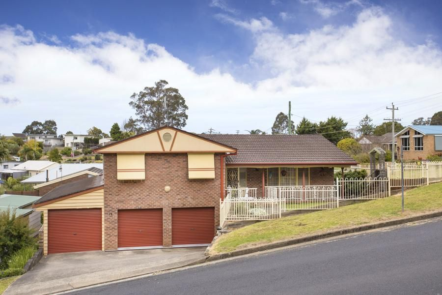 75 Vista Avenue, Catalina NSW 2536, Image 2