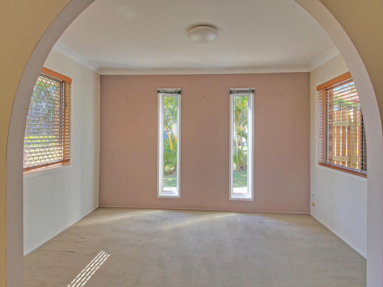 24 Tulip Street, Daisy Hill QLD 4127, Image 2