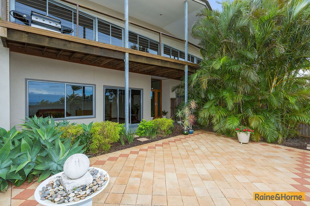 11 Seaview Road, Banora Point NSW 2486, Image 1
