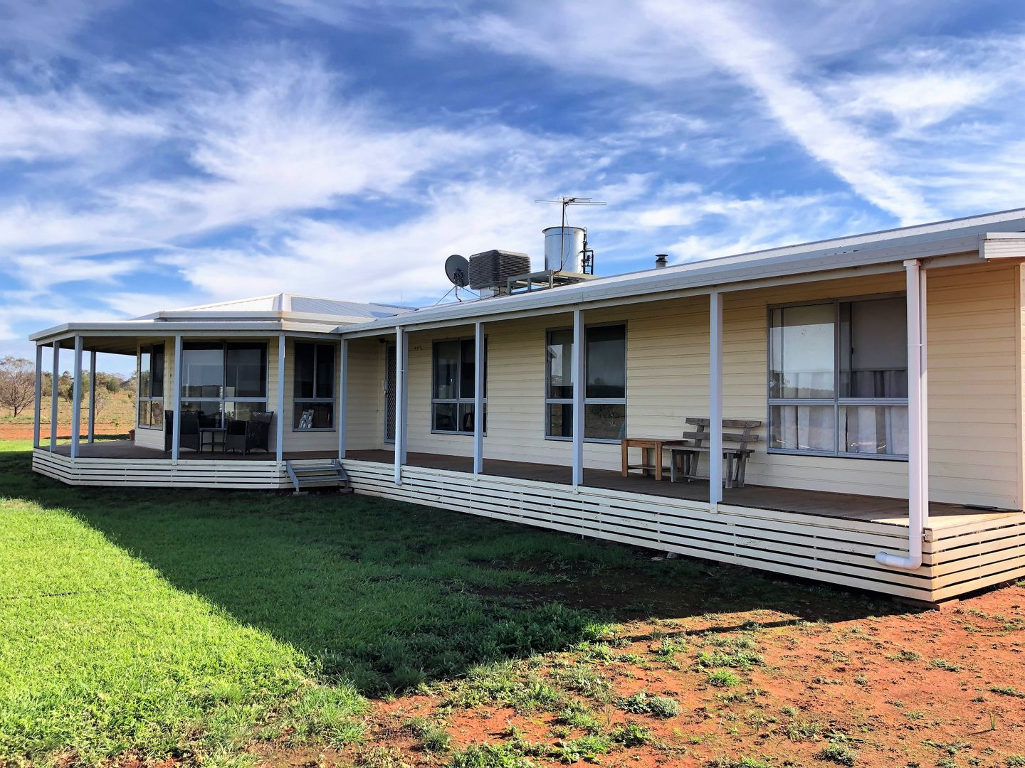 Farm 672 Dickie Road, Tabbita NSW 2652, Image 0