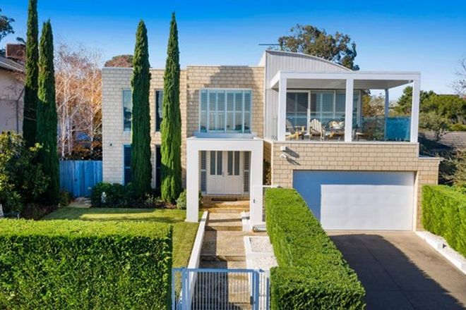 Picture of 8 Woodland Avenue, MOUNT ELIZA VIC 3930
