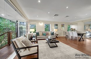 19 Windsor Place, St Ives NSW 2075