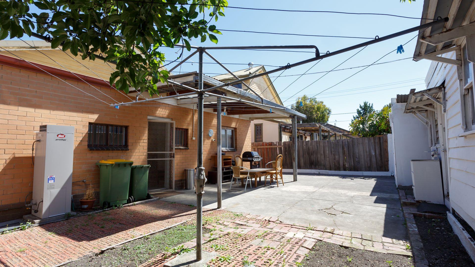 22 Carmichael Street, West Footscray VIC 3012, Image 11