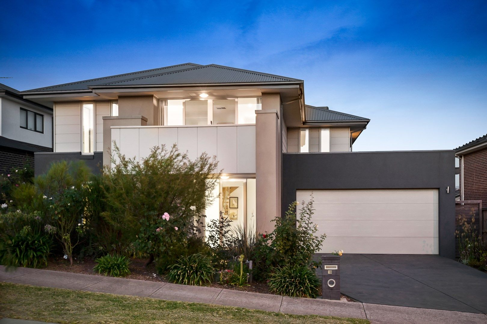 10 Eagle Boulevard, Doreen VIC 3754, Image 1