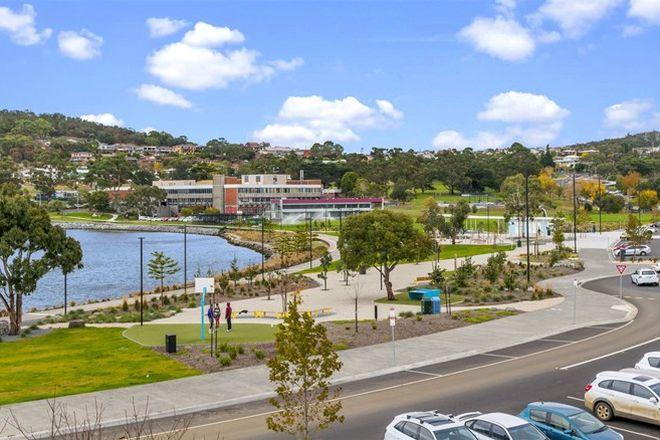 Picture of 21 Kangaroo Bay Drive, BELLERIVE TAS 7018