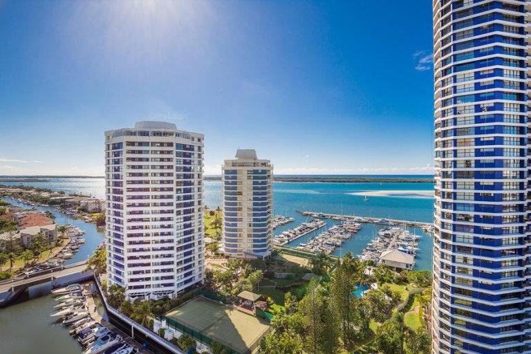 66/21 Bayview Street, Runaway Bay QLD 4216, Image 2