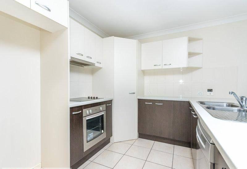 16 Bangalow Street, Morayfield QLD 4506, Image 1
