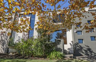 Picture of 7 The Lakes Boulevard, Jandakot WA 6164