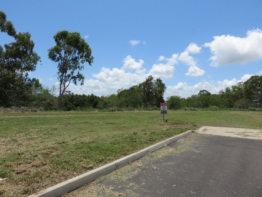 4 (LOT 5) ELLE COURT, Armstrong Beach QLD 4737, Image 0