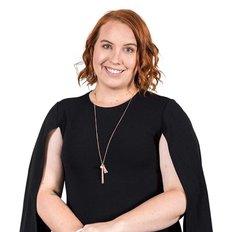 Courtney Lippiatt, Sales Consultant