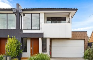 Picture of 1B Roseberry Avenue, Chelsea VIC 3196