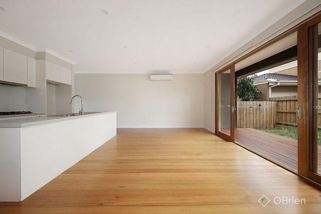 Picture of 2/7 Claudel Street, OAKLEIGH EAST VIC 3166