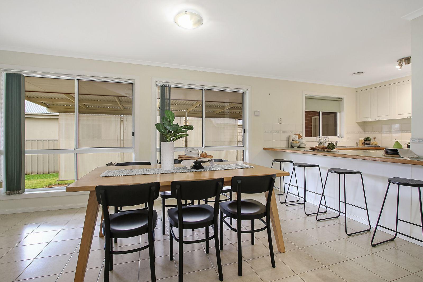 873 Tenbrink Street, Glenroy NSW 2640