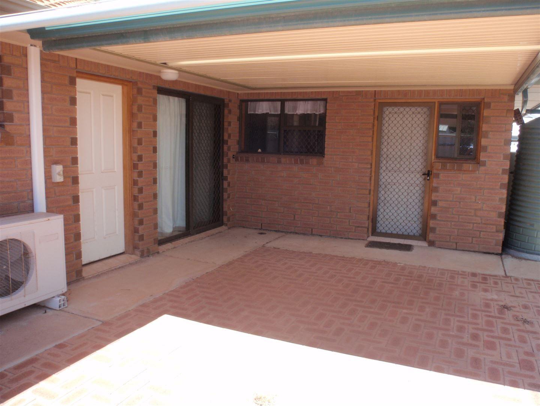 Leasehold Unit 15 Richards Avenue, Wudinna SA 5652, Image 2