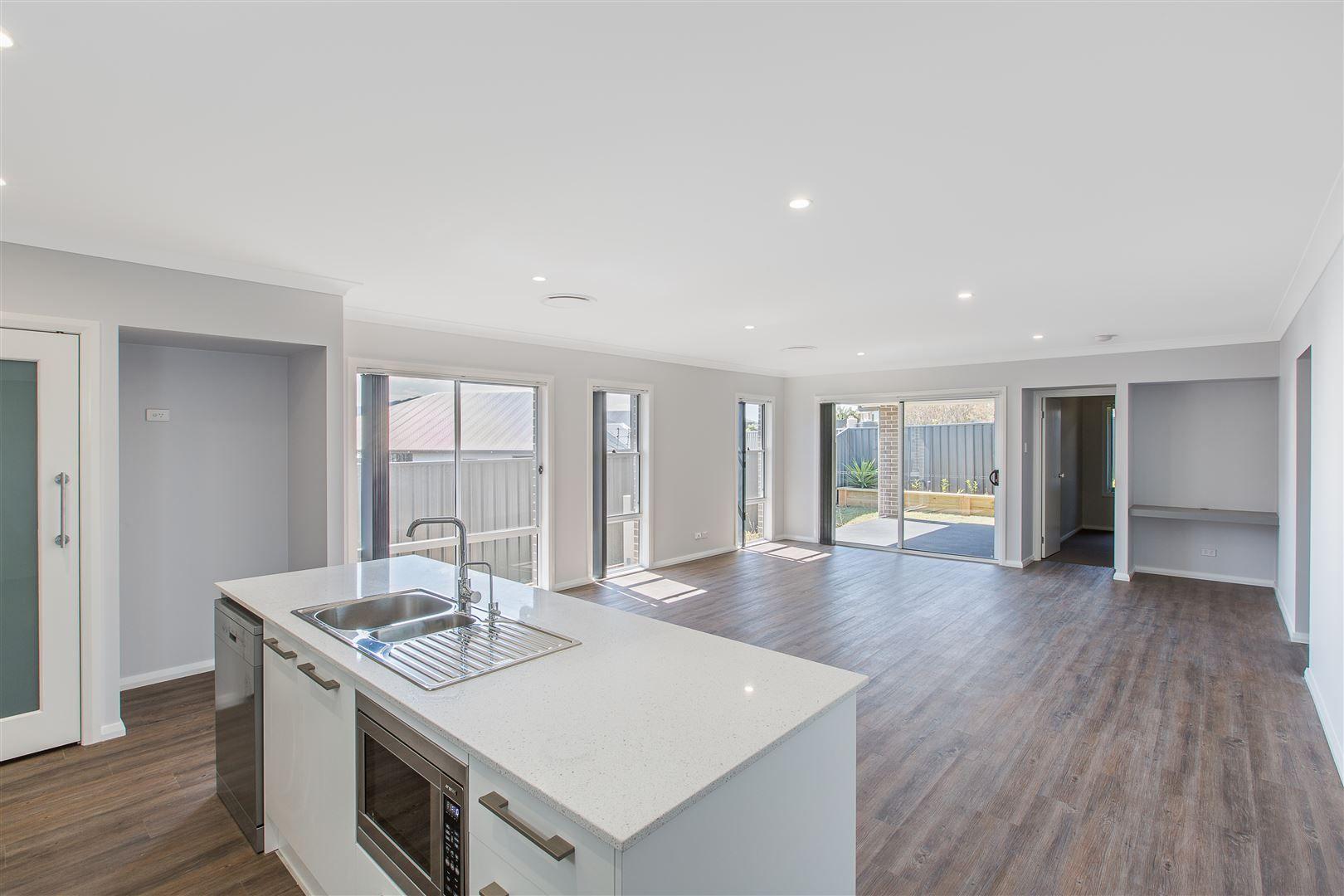 5 McKelly, Horsley NSW 2530, Image 0
