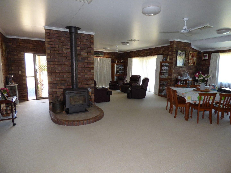 26-28 Turvey Court, St George QLD 4487, Image 2