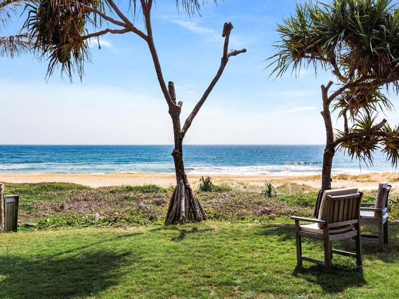 65 Hedges Avenue, Mermaid Beach QLD 4218, Image 0