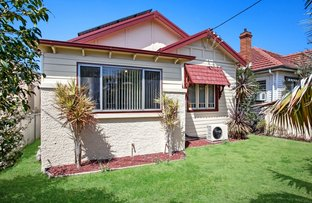 64 Roxburgh Street, Stockton NSW 2295