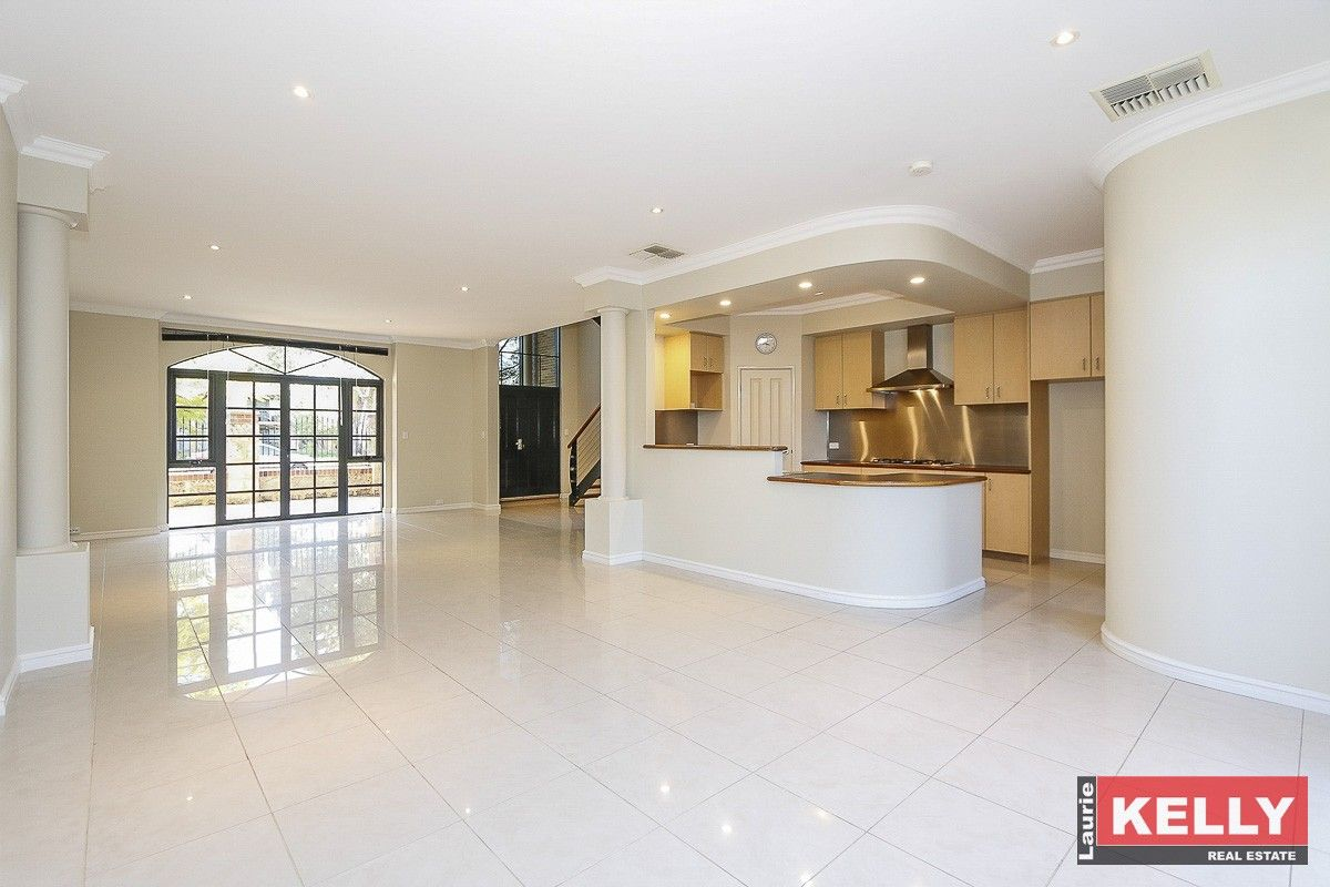 95 Waterway Crescent, Ascot WA 6104, Image 0