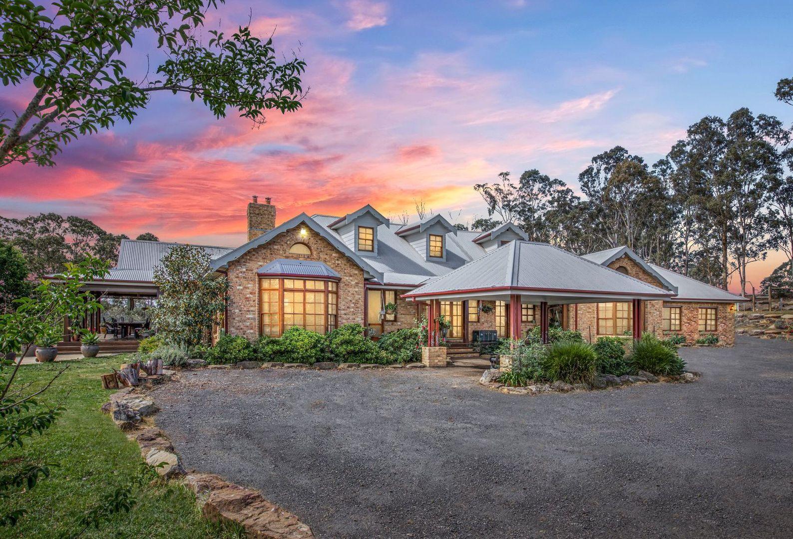120 Mount View Cl, Razorback NSW 2571, Image 0